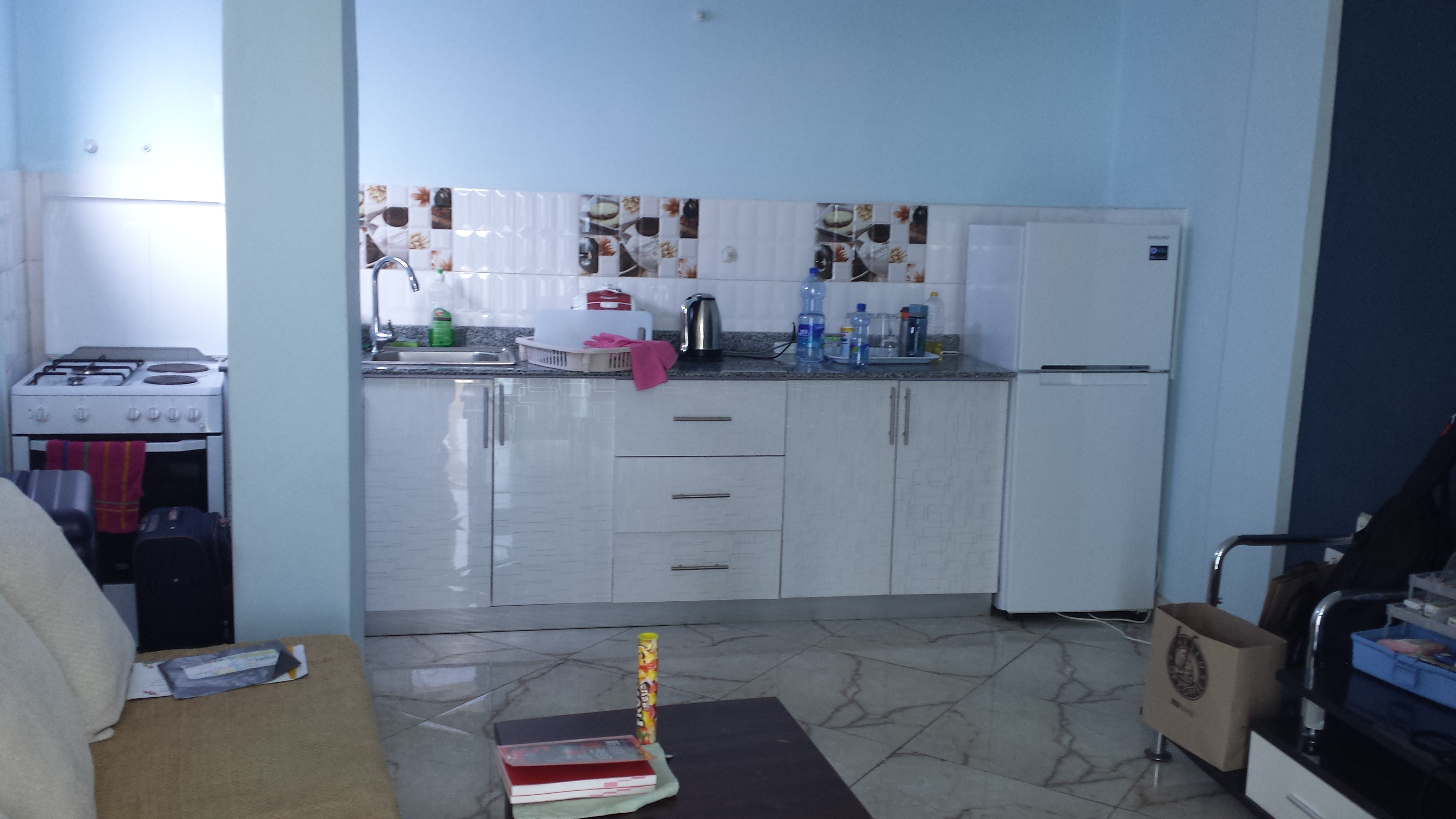 champagne apartment one tiffanys at bedroom s homes accommodation furnished in breakfast rent and tiffany bed